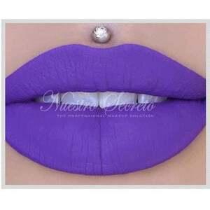 Jeffree Star - Velour Liquid Lipstick - I'm Royalty - Nuestro Secreto