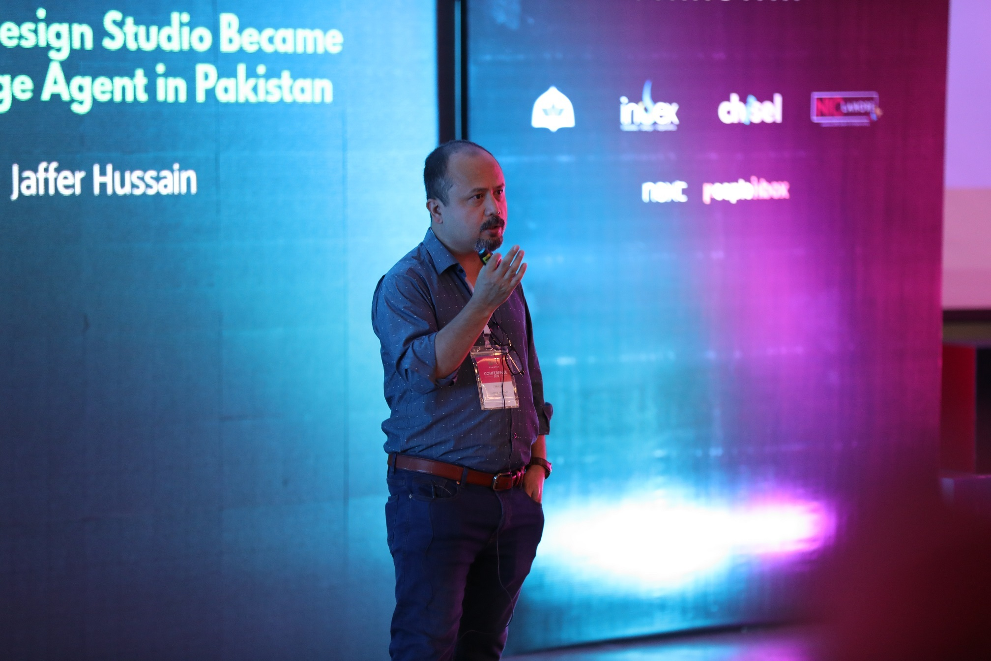 Jaffar Hussain discussing about How a Design Studio Became a Change Agent in Pakistan at UX Pakistan