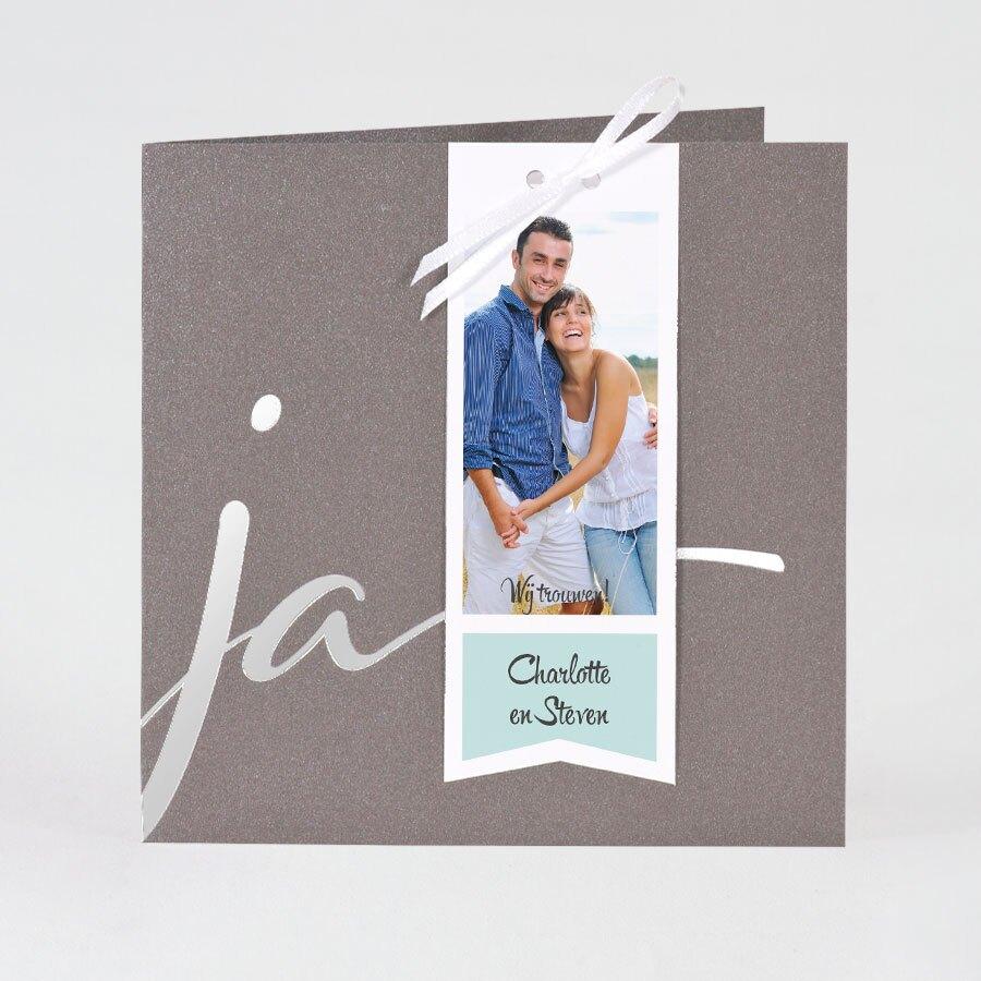 stijlvolle-speelse-trouwkaart-met-kleuraccenten-TA0110-1700021-15-1
