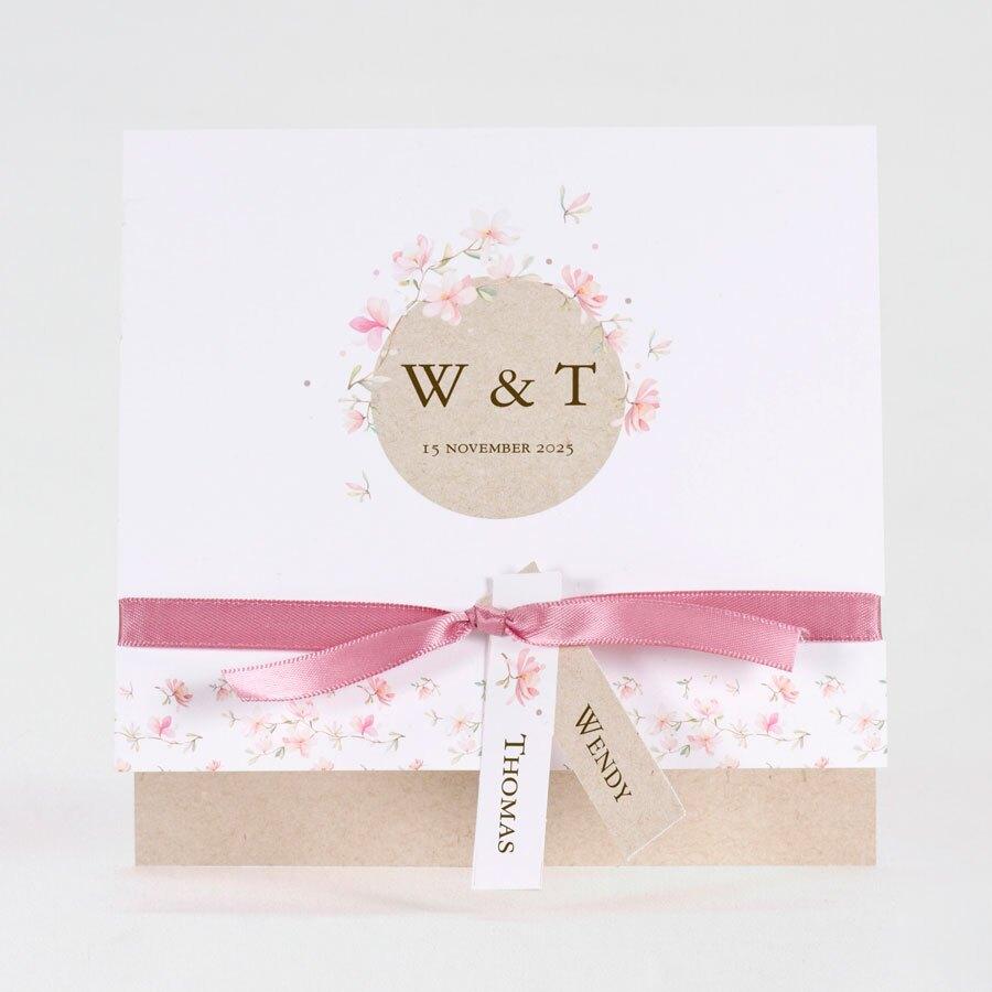trouwkaart-roze-bloemen-met-kraftlook-TA0110-1900012-15-1