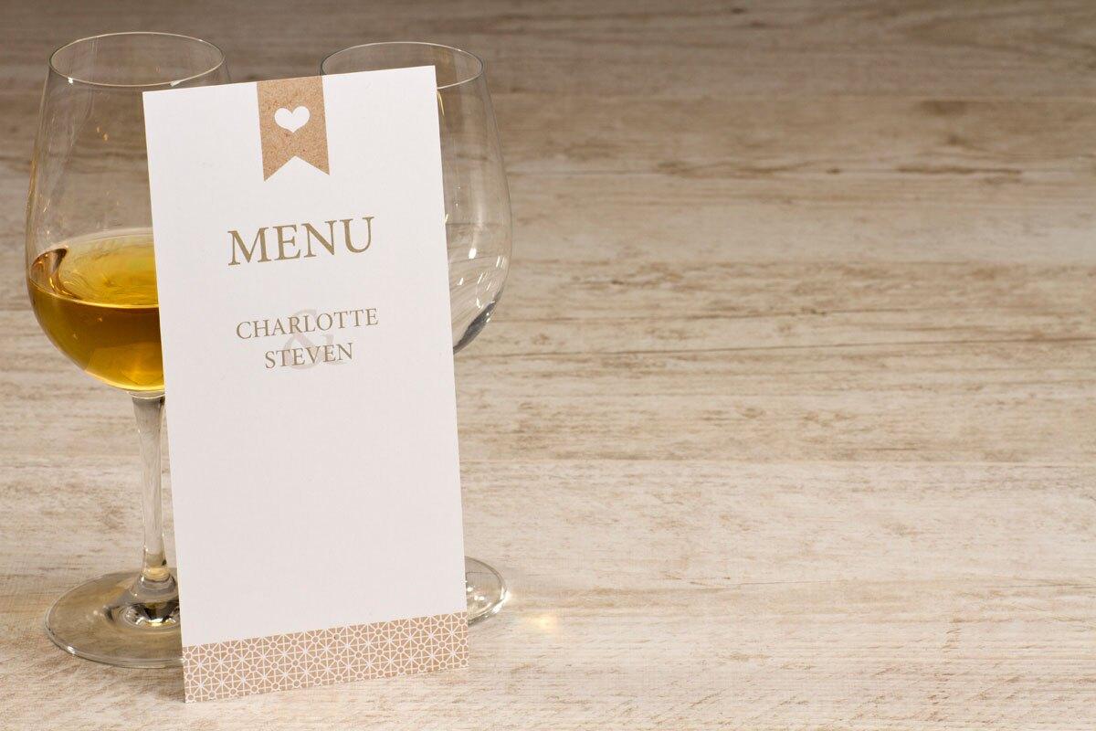 witte-menukaart-met-hartje-in-kraftlook-TA0120-1600010-15-1