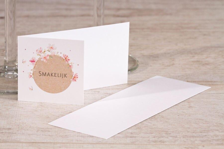 mooi-tafelkaartje-met-roze-bloemen-en-kraftlook-TA0122-1900002-15-1