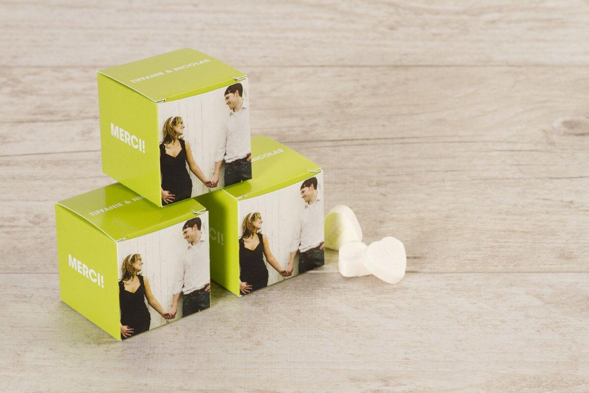 boite-a-dragees-cube-vert-anis-et-photo-TA0175-1500015-09-1