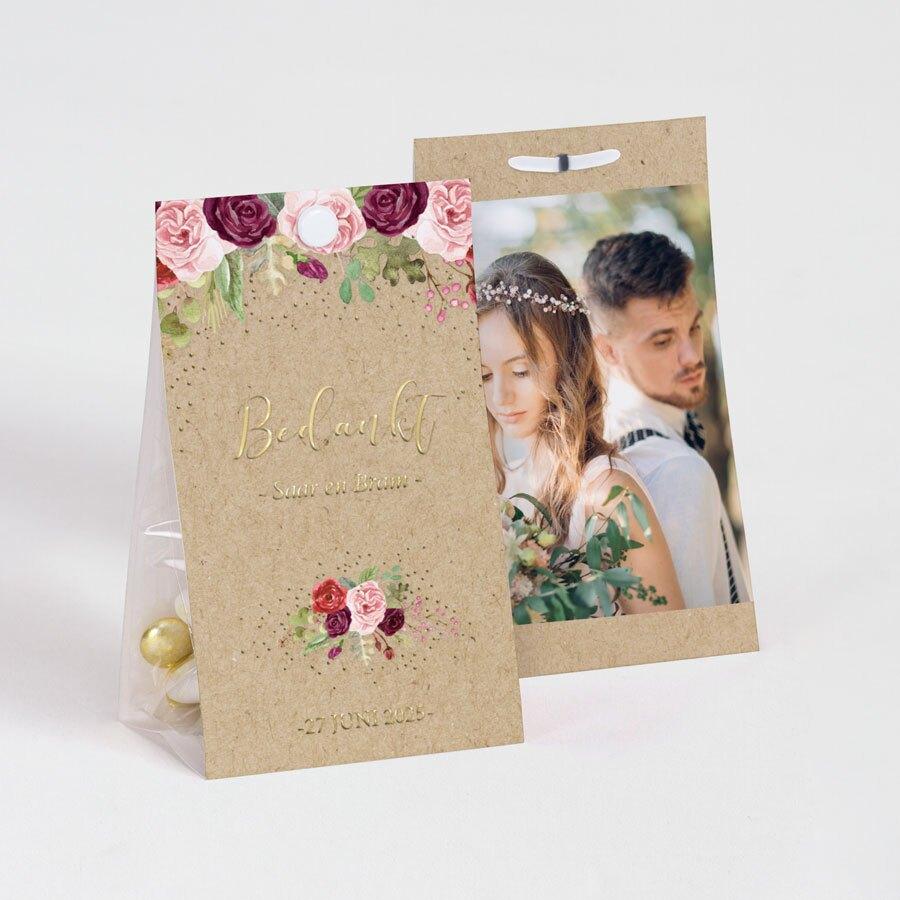 trouwbedankje-snoepzak-kleurrijke-bloemen-en-goudfolie-TA0175-1900031-15-1