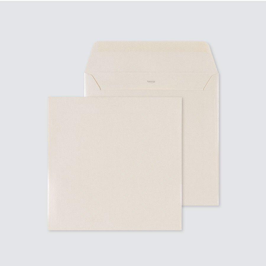ecru-glanzende-envelop-17-x-17-cm-TA09-09602503-15-1