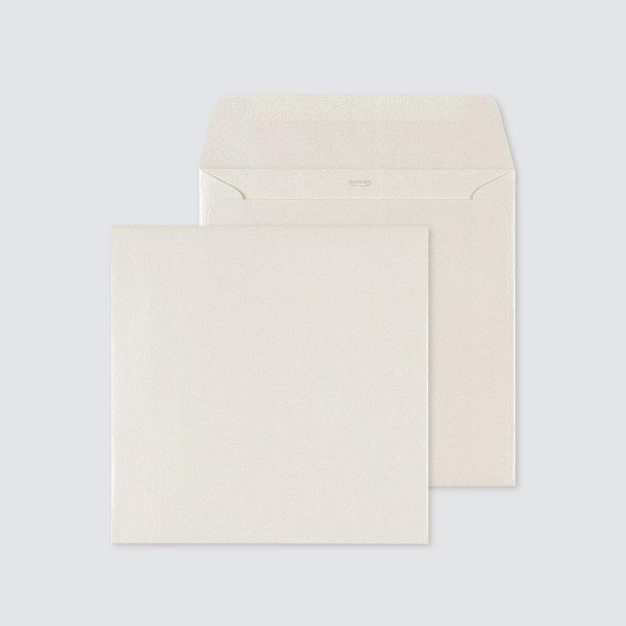 vierkante-ivoorkleurige-envelop-17-x-17-cm-TA09-09708511-15-1