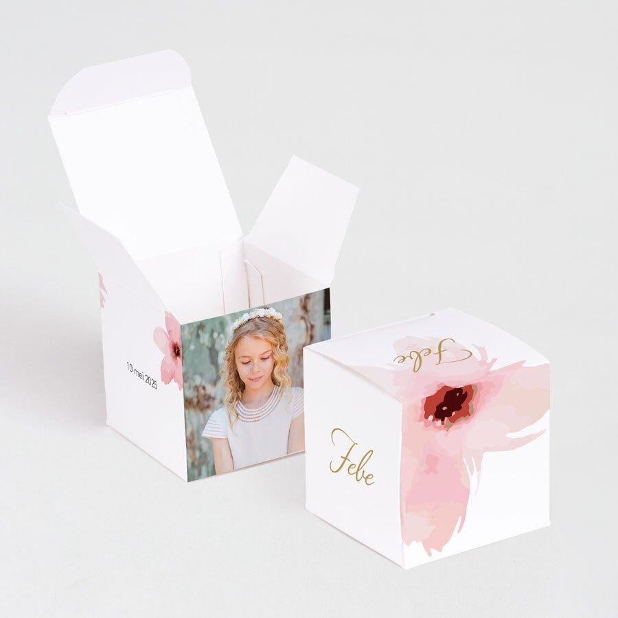 kubusdoosje-met-roze-bloemen-TA1223-1800035-03-1