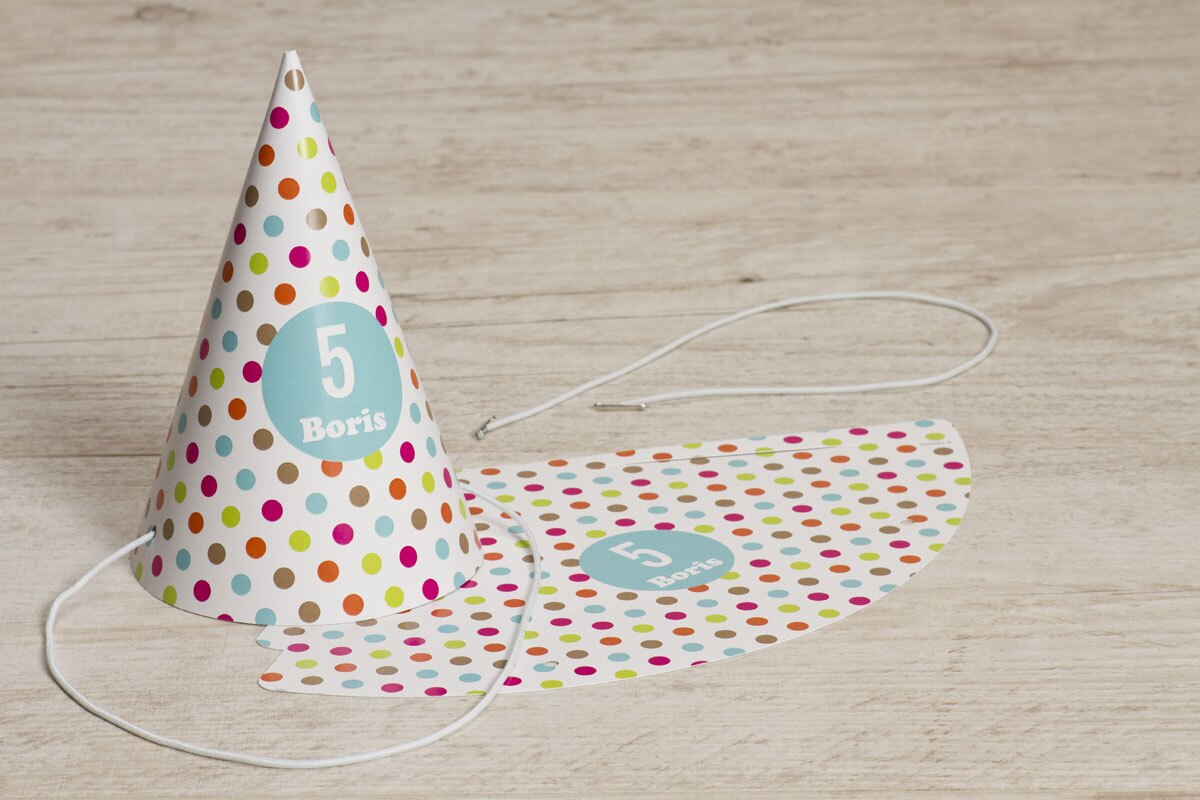 hip-feesthoedje-met-kleurige-bolletjes-TA1323-1600008-15-1