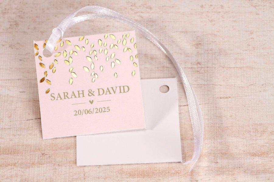 label-roze-met-gouden-bloemblaadjes-TA139-101-15-1