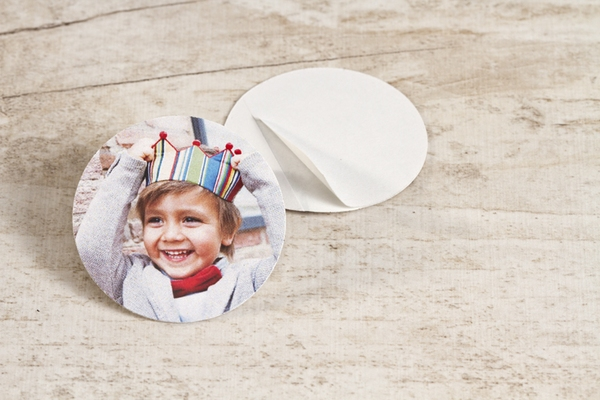 sticker-fete-avec-photo-petit-format-TA13905-1800001-09-1