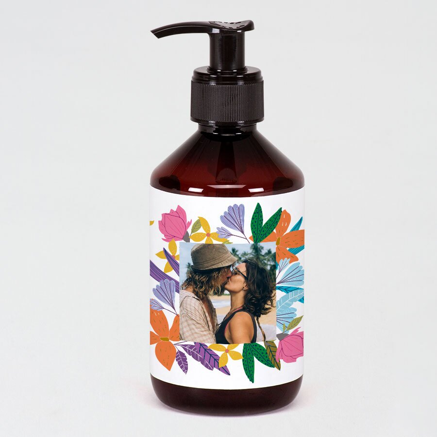 gevulde-zeeppomp-apothekersstijl-met-kleurrijke-stickerfoto-TA13989-2000005-03-1