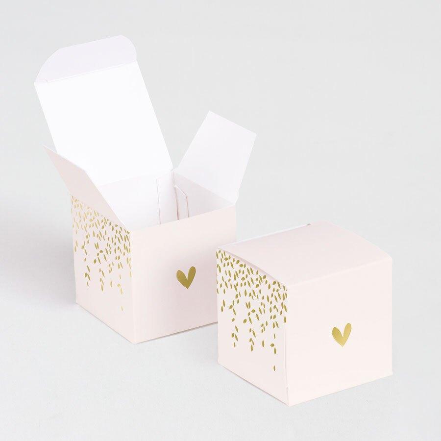 roze-kubus-met-hartje-en-blaadjes-in-goudfolie-TA719-001-03-1